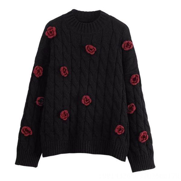 Black-pullover