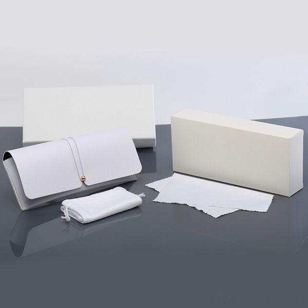 Saf Beyaz Kılıf + Ayna Bezi +