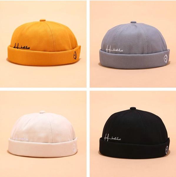 top popular Mens Skull Cap Beanie Winter Retro Hat man Brimless Baggy Melon Caps Cuff Docker Hats fashion street Beanies For Men NEW 2021