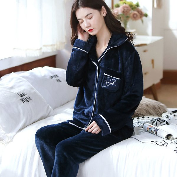 Pijamas kadın setleri