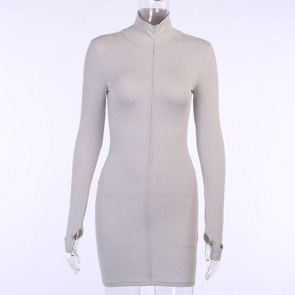 20918 Robe grise