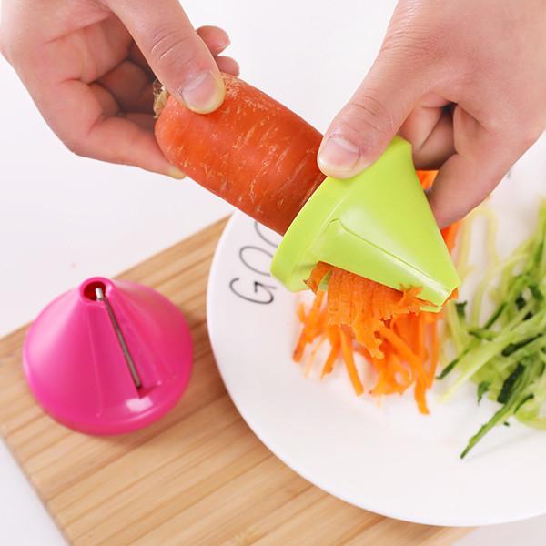 top popular Kitchen Tools Vegetable Fruit Multi-function Spiral Shredder Peeler Manual Potato Carrot Radish Rotating Shredder Grater PPD4559 2021