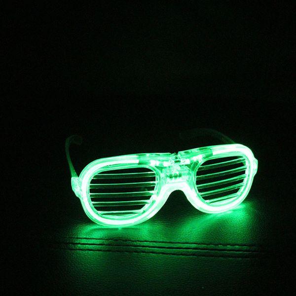 Зеленый # 64325.