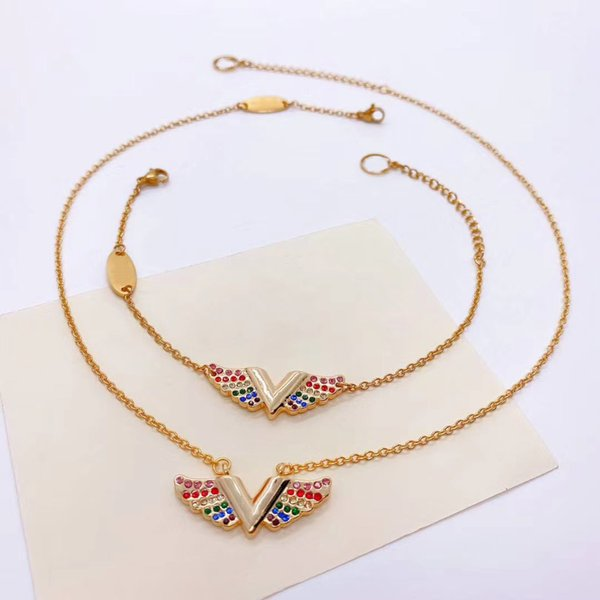 necklace with box