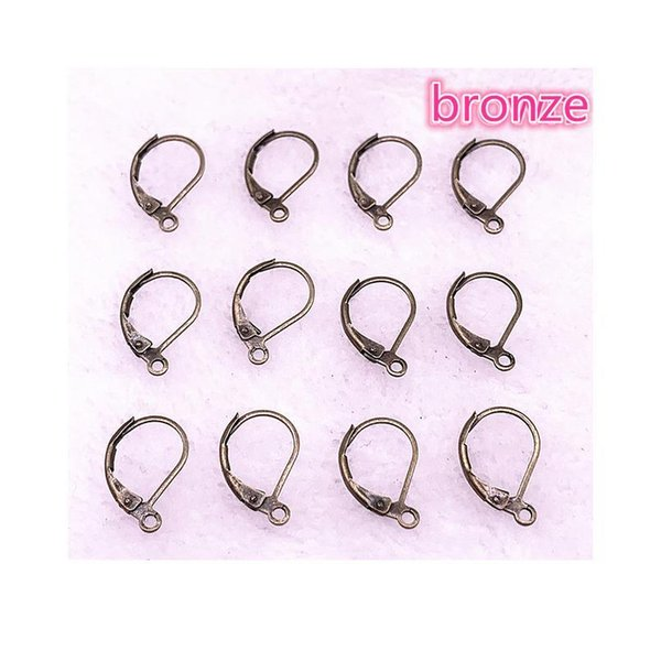bronze_203221807