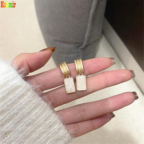 best selling Kshmir C-shaped geometric earrings, light luxury female earrings, the new fashion ear clip and no ear hole female in 2021