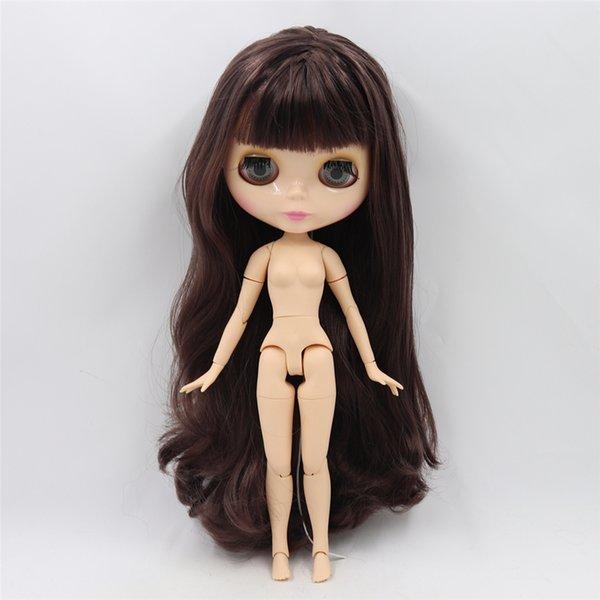 Обнаженная кукла