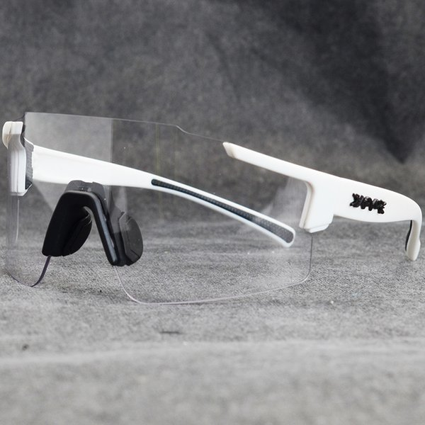 04-Photochromic-1lens