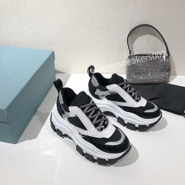 2021the new Man Walking Sneakers Men Women Black Red Casual Shoes Fashion Paris Sneakers rx201213