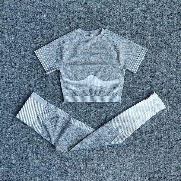 Shirtsspantswhite.