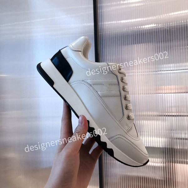 2021new Mans Cheap Best Quality Speed Trainer Black Walking Sneakers Men Women Black Red Casual Shoes Fashion Paris Sneakers qqxc201010