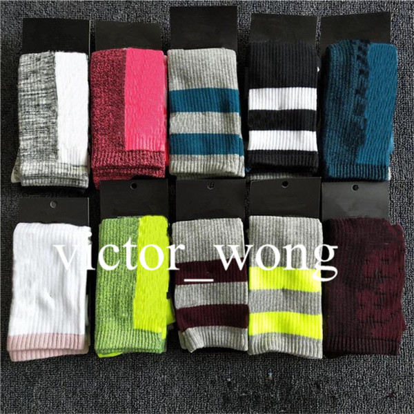 top popular Women Long Socks Multicolor Pink Black High Knee Socks With Cardboard tall Socks Girls High Qaulity Fashion Sports skateboard Stocking 2021