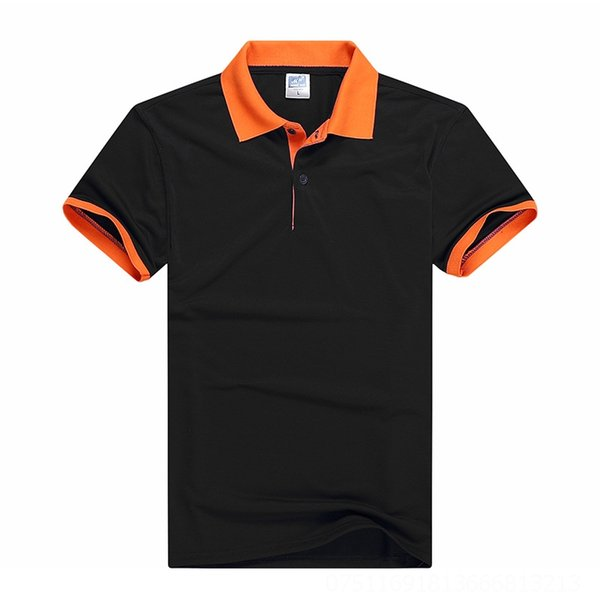 Negro con collar naranja