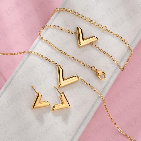 conjunto de joyas de oro
