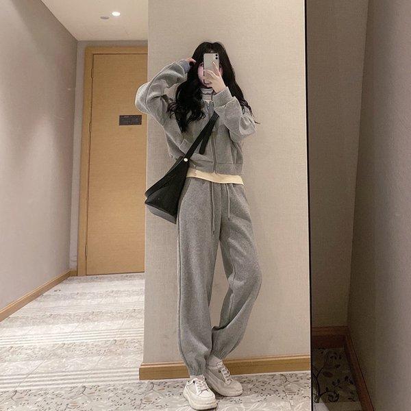 Pantaloni grigi (regolare)