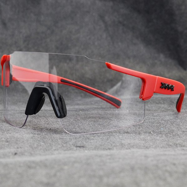 10-Photochromic-1lens