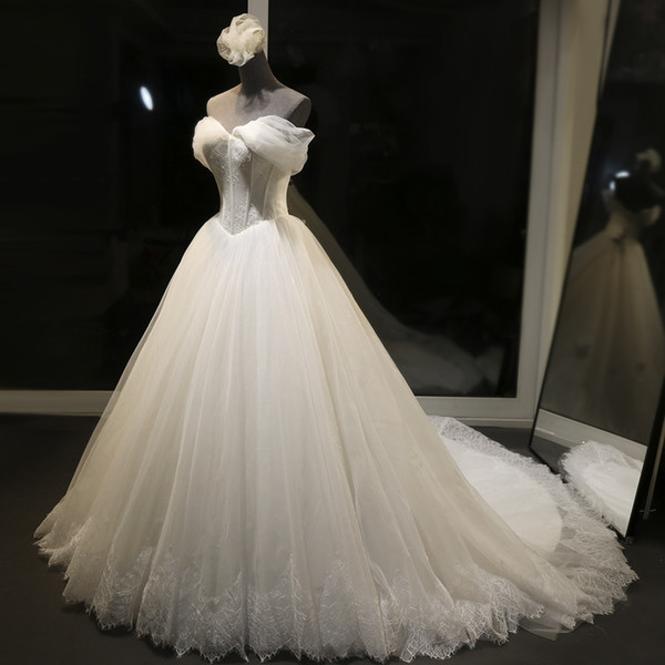 white ball gown wedding dress with deflated sleeves off-shoulder lace appliques vestido novia lace up back wedding gowns bride dress