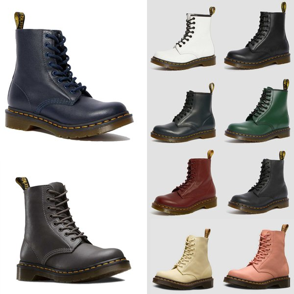 top popular 2020 Dr Martins 2976 leather fur chaussures boots 1460 winter snow booties doc shoes martin sneakers triple black white red men women boot 3 2021