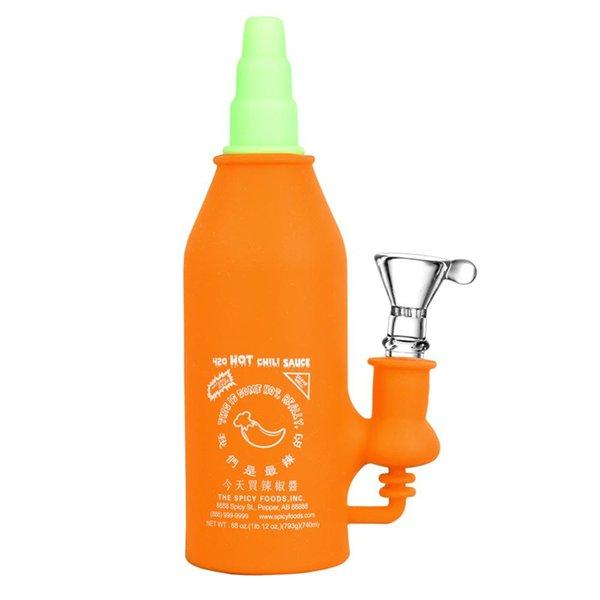 Orange avec des accessoires aléatoires