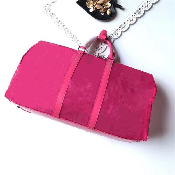 Красная прозрачная сумка