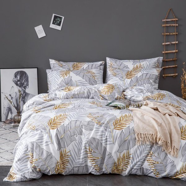 top popular Urijk Printed Marble Bedding Set White Black Duvet Cover King Queen Size Quilt Cover Brief Bedclothes Comforter 3Pcs Sheet 2021