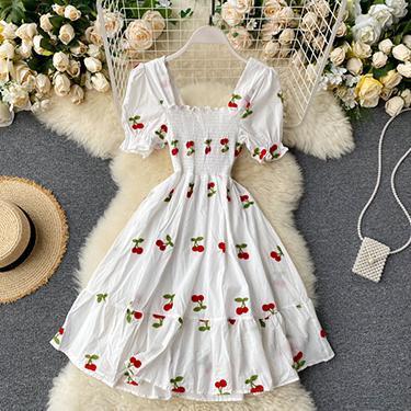 Вишневое платье 86см