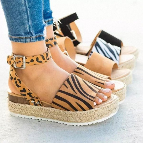 2020 Women Platform Sandals Wedges Shoes For Women High Heels Sandals Summer Shoes Chaussures Femme Platform #cn4N Cataloge: Women Shoes, Shoes For Women, Girls' Shoes, Ladies Shoes, Female ShoesStyle: Fashion / Trendy / New / HotOccasion: All Match / Streetwear / Club / PartyFor Group: Girls / Women / LadiesWearing Design: Fashion / Comfortable / BreathableFeatures: High Quality / Anti-wearingKeywords: Women Shoes, Shoes For Women, Girls' Shoes, Ladies Shoes, Female Shoes