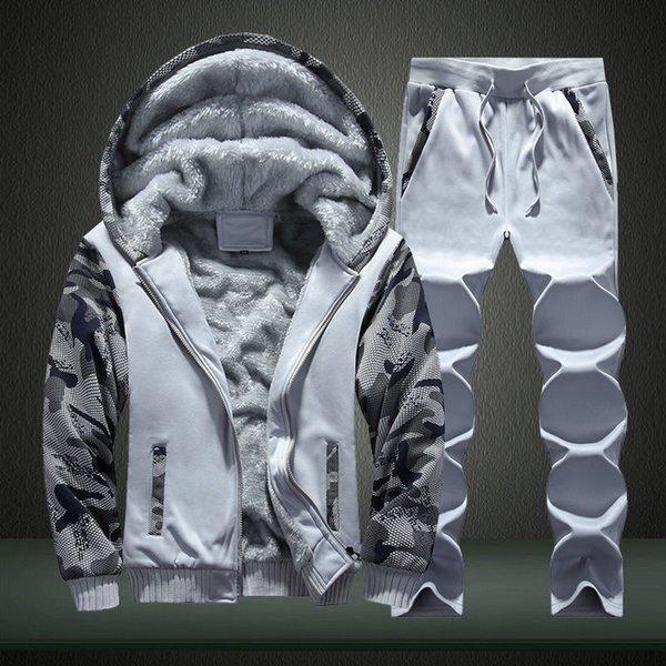 Set di grigio chiaro