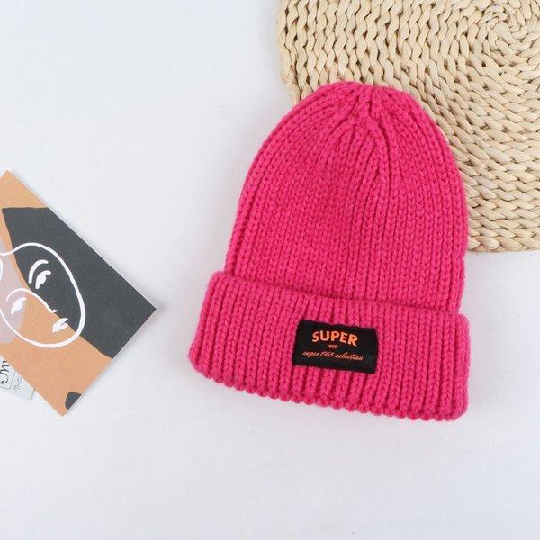 Sombrero de lana de etiqueta de súper tela - Rosa roja