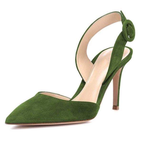 Оливково-зеленый.
