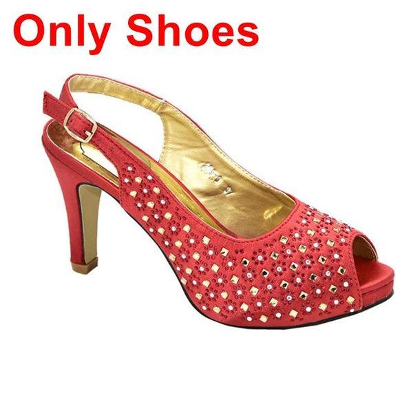 Rote nur Schuhe.