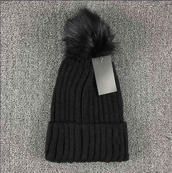 top popular Winter brands beanie men women single sex leisure knitting beanies Parka head cover cap outdoor lovers fashion knitted hats Parka 2021