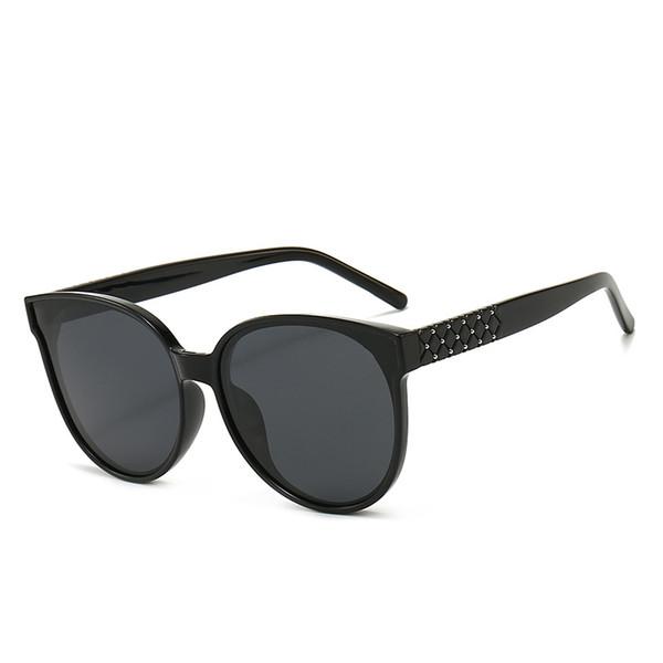 1 sadece güneş gözlüğü