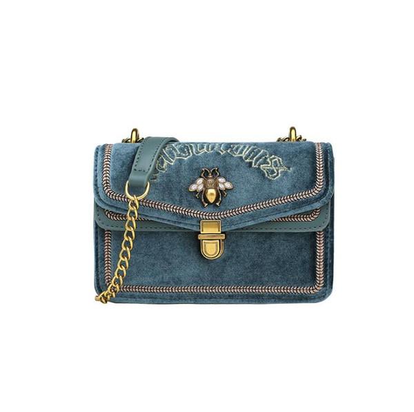 Blue1 (emballage de boutique)