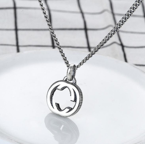 best selling 2020 top Quality Luxury Letter 925 Silver Chain Necklace Retro Couple Necklace Men and Women Pendant Designer jewelry Gift Free shipping