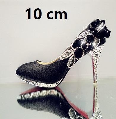 Preto 10 cm.