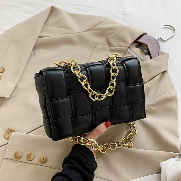 Negro con cadena