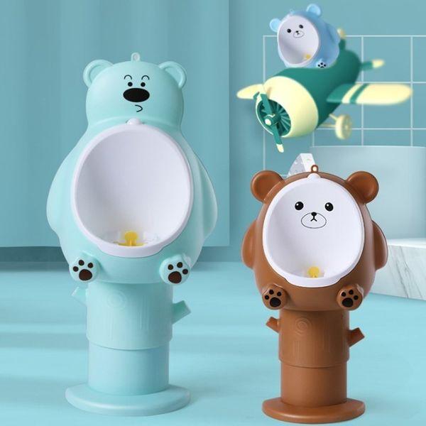 top popular Cartoon Bear Wall-Mounted Hook Urinal Baby Adjustable Height Boy Potty Toilet Training Children Stand Vertical Urinal Pee Toilet LJ201110 2021