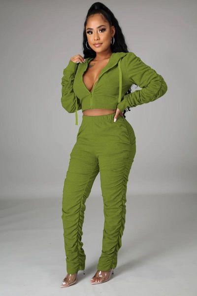 Traje verde oscuro