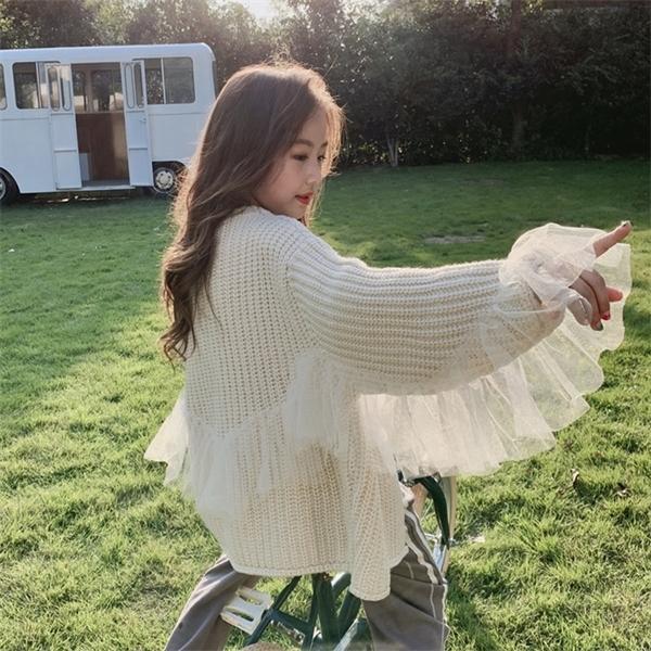 top popular 2020 Autumn Winter Teen Girls Ruffles Lace Cardigans Sweater Oversize V neck Knit Girls Outwear Korean Kid Tops Teenage Jackets C1103 2021