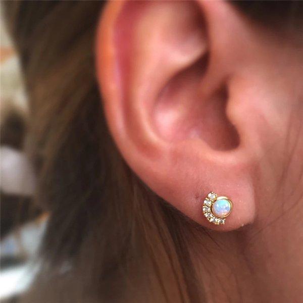 Februaryfrost Brand Korean Sparking Zircon Round White Fire Opal Earrings For Women Prong Opal Stud Earrings Wedding Jewelry Small Cute Earr