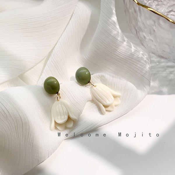 White Tulip Flower Earrings 925 Silver N