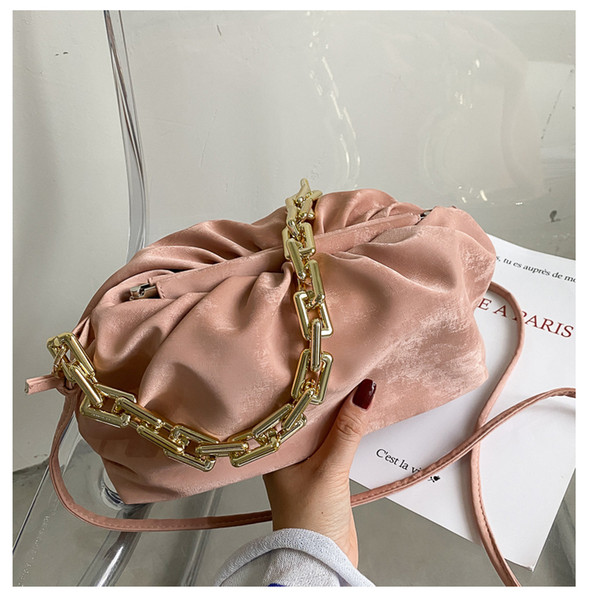 Розовый сумки на ремне
