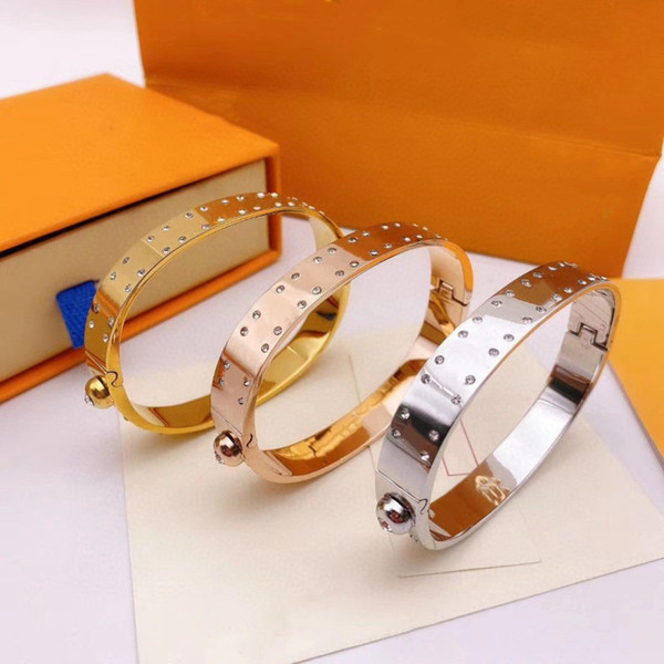top popular Diamond Bracelet Fashion Bracelets for Man Woman Bangle Jewelry Bracelet Jewelry 3 Color Top Quality Bangles with Box 2021