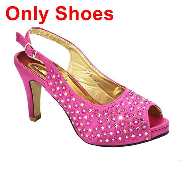 Fuchsia nur Schuhe.