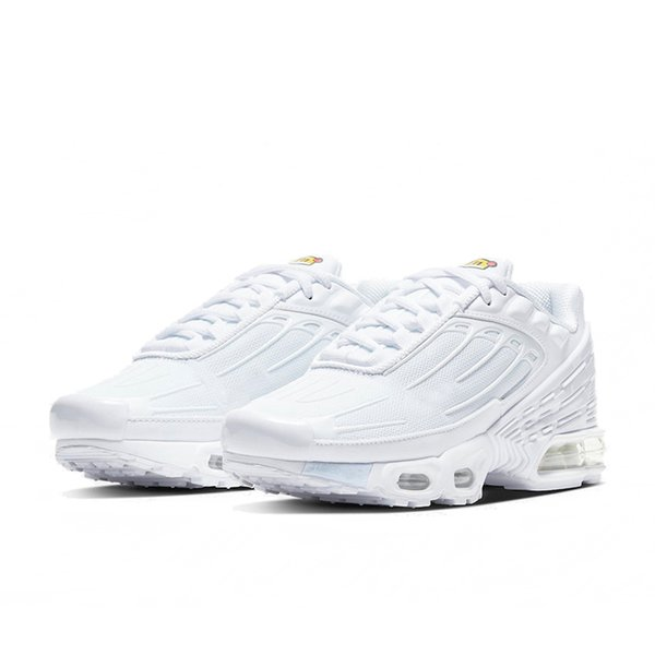 C5 All White With White 36-45
