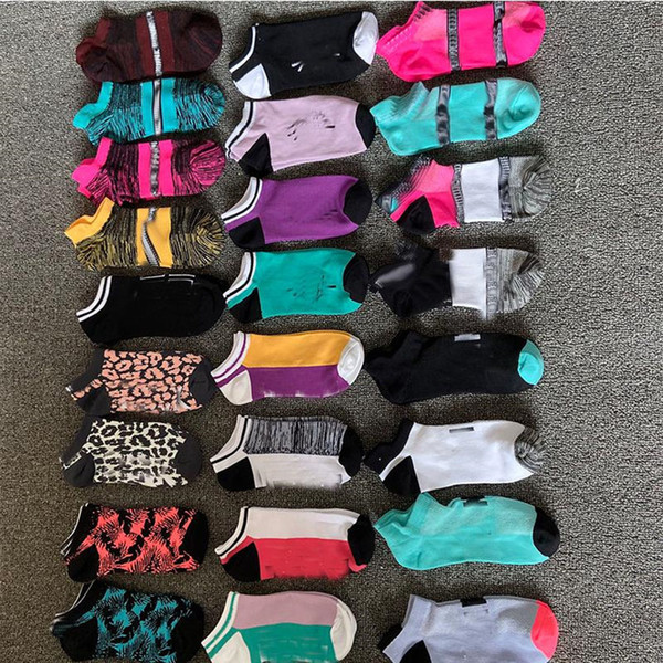 top popular DHL Free Pink Black Socks Adult Cotton Short Ankle Socks Sports Basketball Soccer Teenagers Cheerleader New Sytle Girls Women Sock with Tags 2021
