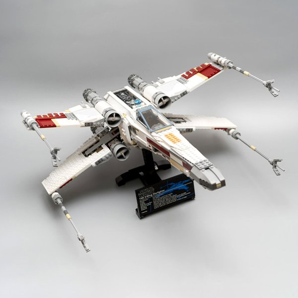 top popular 05039 In stock 1586pcs Creator Planet Street Red Five X-wing Model Building Blocks Toys Christmas gift Comptible 10240 2021