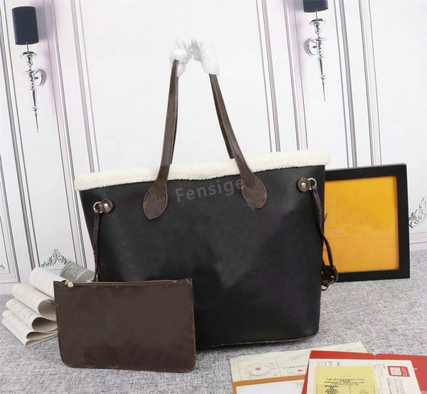 M56960 with purse 31 x 28 x 14CM