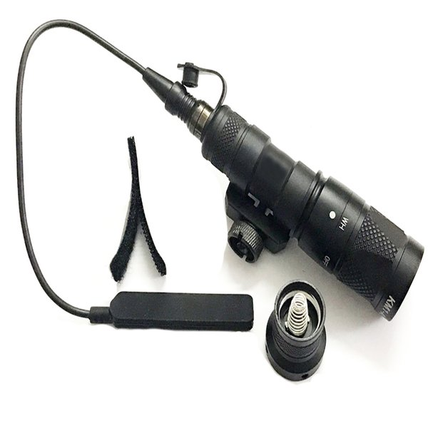 top popular Tactical M300 M300V Scout Light LED Light White With IR Momentary Output Torch Flashlight 2021